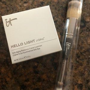 Hello Light Luminizer & Complexion Perfect Brush